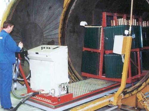 01_Projekt_Glas Industrie_Transporter auf Luftkissen in Vacuumofen_pic 5
