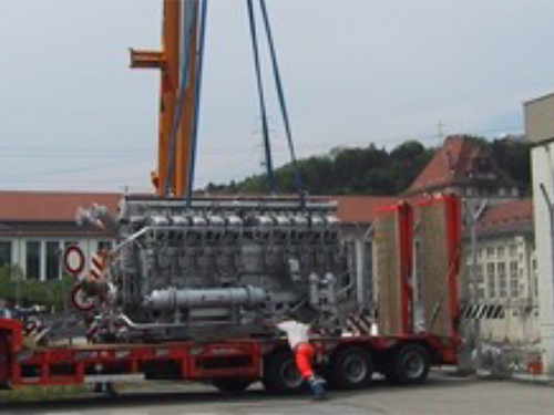 02_Projekt_Elektro Energie Industrie_12 t Dieselmotor_Luftkissen_pic 3