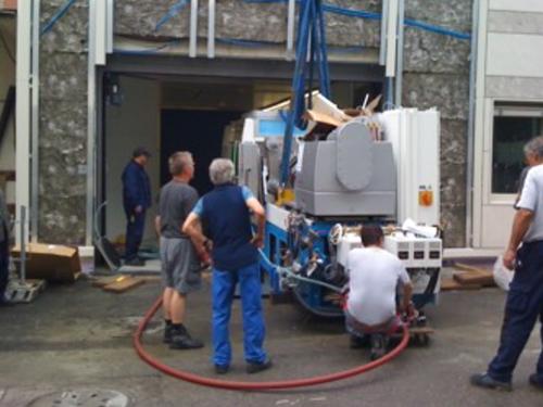 02_Projekt_Maschinen Industrie_Ablad und Einbringen Maschine_pic 1